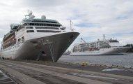Empress i Seven Seas Voyager - Gdynia 19.08.2010