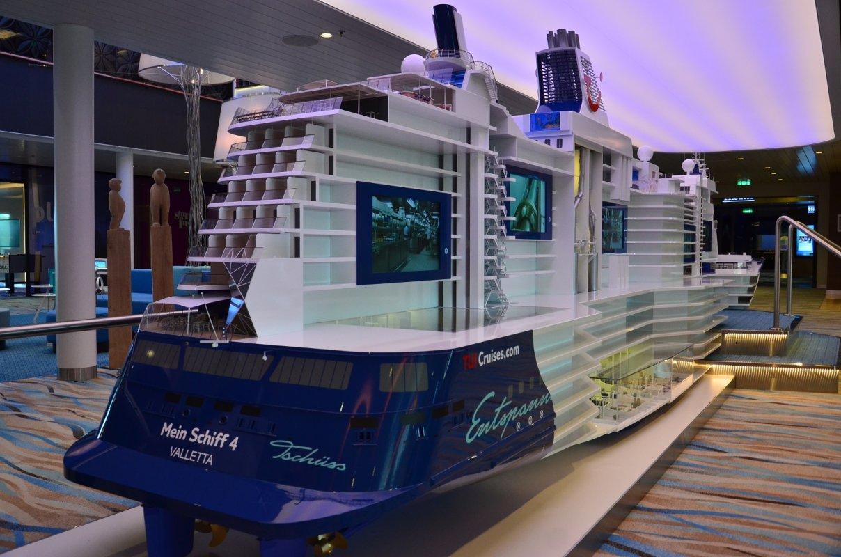 Mein Schiff 4 :: Statki Wycieczkowe – Cruise Ship Gdynia