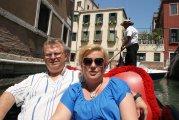 na weneckiej gondoli - on a venetian gondola