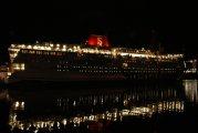 Stena Vision wieczorem w porcie Gdyńskim